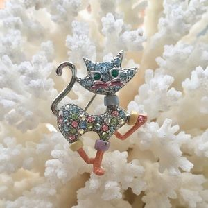 Jewelry - Swarovski crystals brooch (FREE)